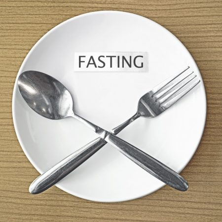 healthy fasting_empty_plate